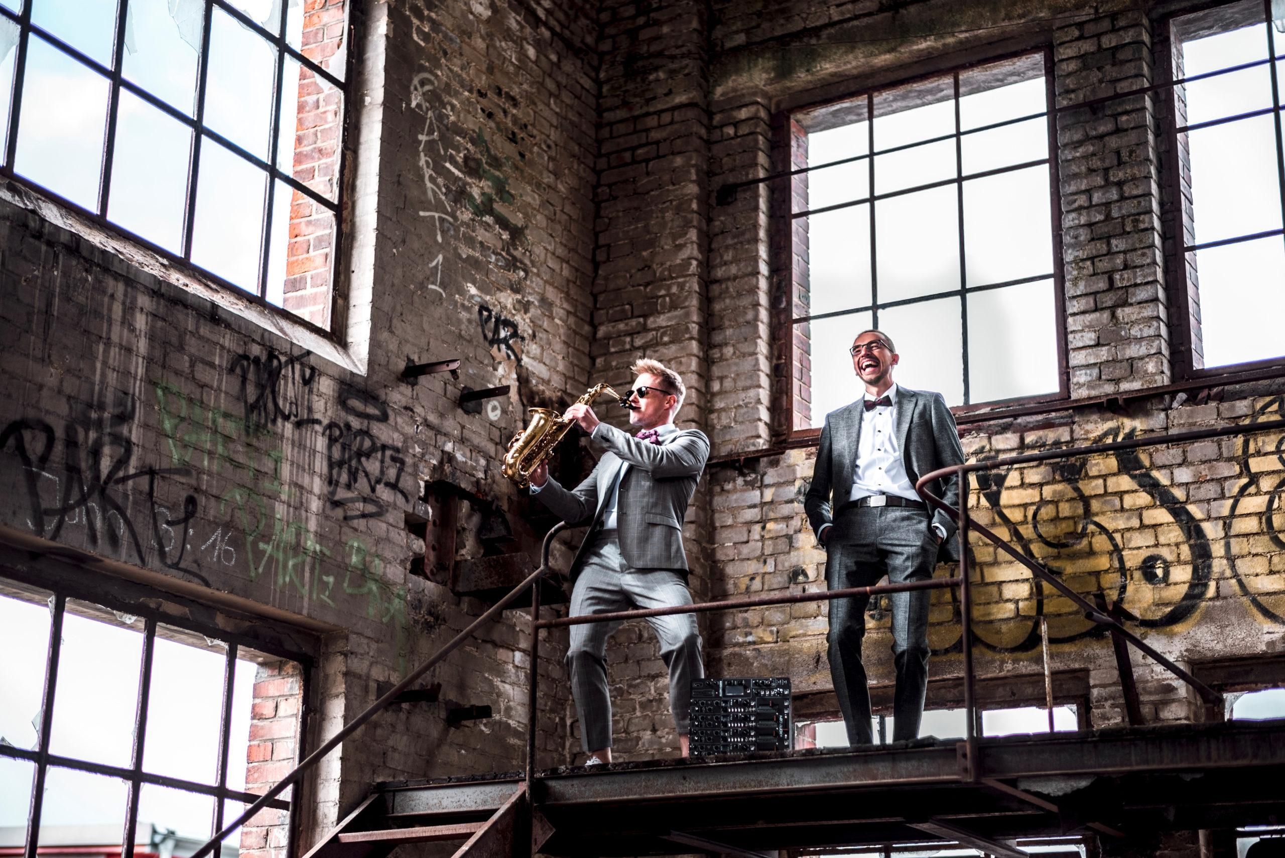 DJ und Saxophon für Party und Empfang in Dresden und Leipzig: Kenduro&Schoof
