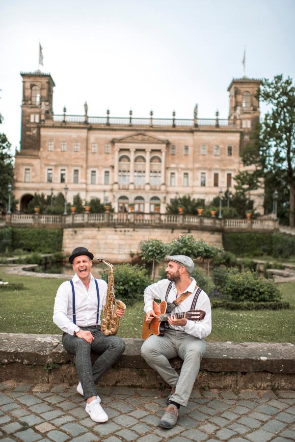 Livemusik mit Saxophon und Gitarre: Das Schooko-Duo / Saxophonist in Leipzig