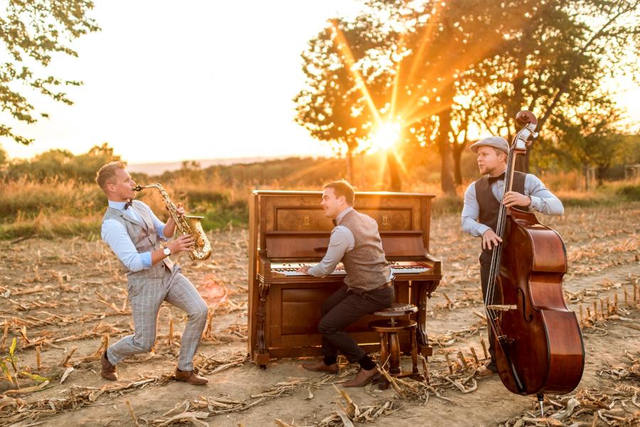 Jazztrio mit Saxophon, Klavier und Kontrabass in Sachsen: Trio kaloabo